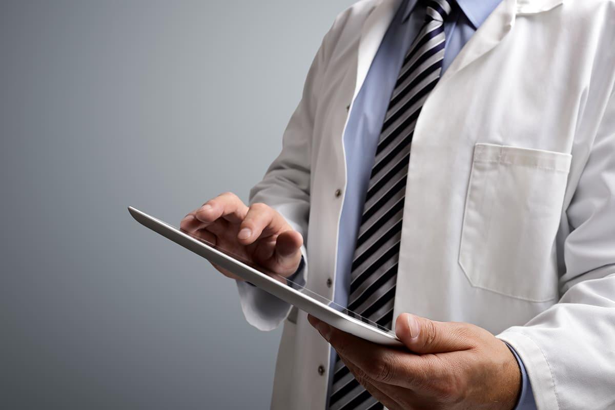 E-réputation : un guide pour préserver l'image des médecins sur internet